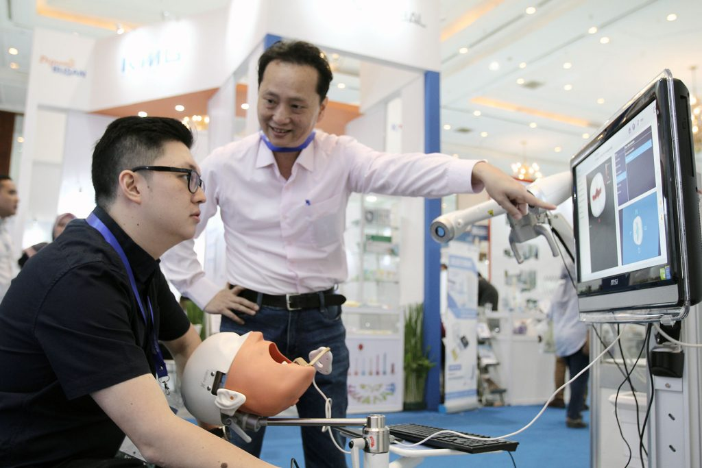 IDEC 2019 Encourages the Indonesian Dentistry Industry to Face the Industrial Revolution 4.0